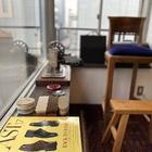 伝馬町交差点に靴磨き職人の店が移転OPEN